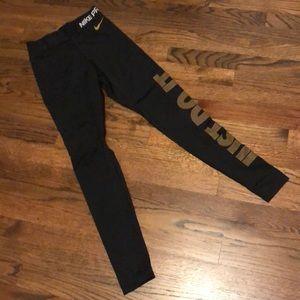 Women's XS Nike Pro black workout tights